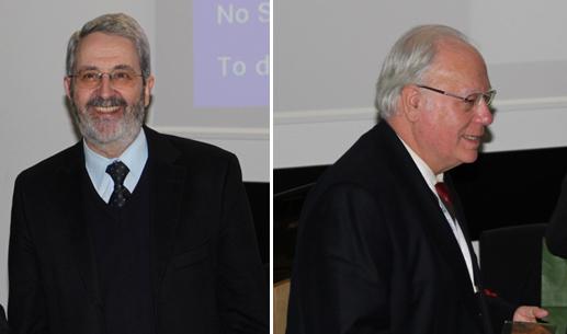 Figura 2 – Prof. Sérgio Machado dos Santos (esquerda) e Prof. Manuel Mota (direita) na sessão do EMbaRC durante o MicroBiotec'11.